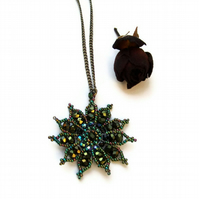 Gazania Flower Necklace - Olive