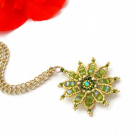 Gazania Flower Necklace - Peridot and gold