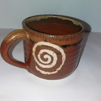 Spiral decoration mugs