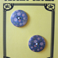 2 Vintage Flower Wooden Buttons