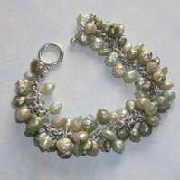 Pearly green charm bracelet