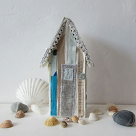 No 4 Textile beach hut