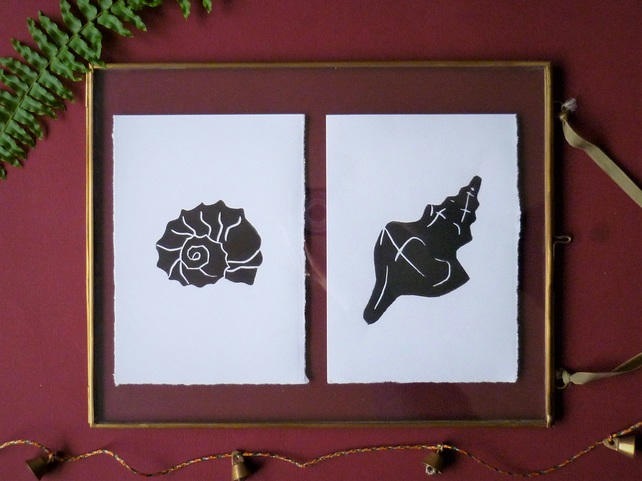 Original A6 shells lino prints in black - set of two