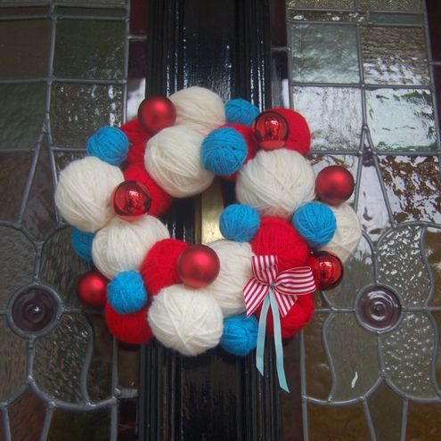 """Dec your doors with Balls of Woolly"" Christmas Wreath"