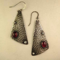 Garnet Sail earrings
