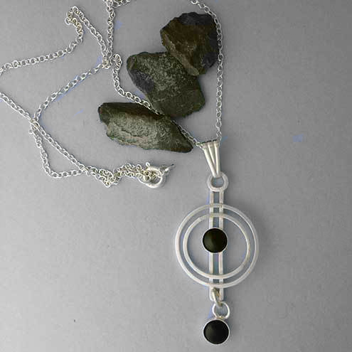Onyx and silver circles pendant