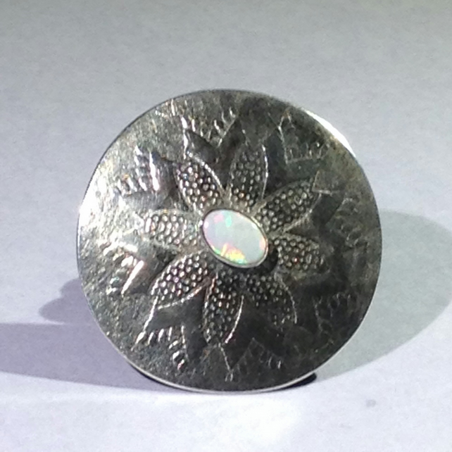 Silver hair band with opal