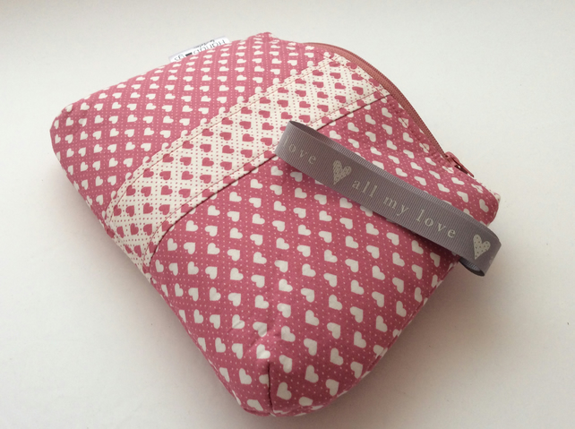 Valentine heart print cosmetic bag - dusky pink