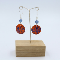 Orange Anodised aluminium  cow parsley circle earrings with pearl