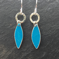 Turquoise anodised aluminium distressed leaf earrings with silver ring