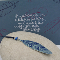 Anodised aluminium feather and pearl long necklace and postcard set