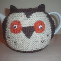 Hand knitted owl teapot cosy, tea cozy by jacksknits. gift for all occasions
