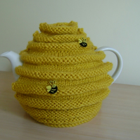 Hand knitted honey pot, bee hive, skep, tea cosy. Gift for all occassions
