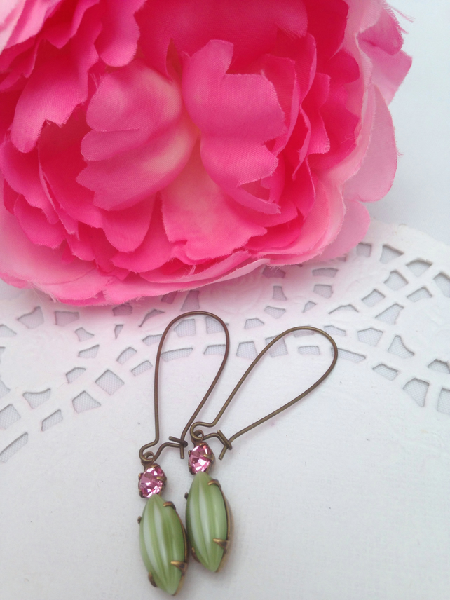 Vintage melon stone glass earrings. Gift for her.