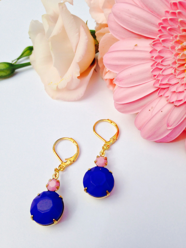 Vintage feminine opaque pink and navy blue glass earrings. Wedding,glamour