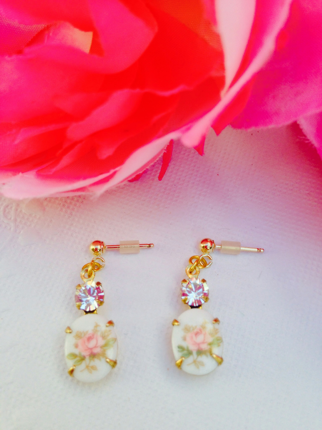 Vintage glass earrings with gold filled ear posts. Prom,wedding,party,evening