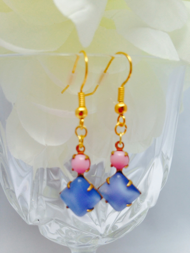 Free UK P&P. Pretty lilac and rose pink Vintage glass earrings.Gift for her.