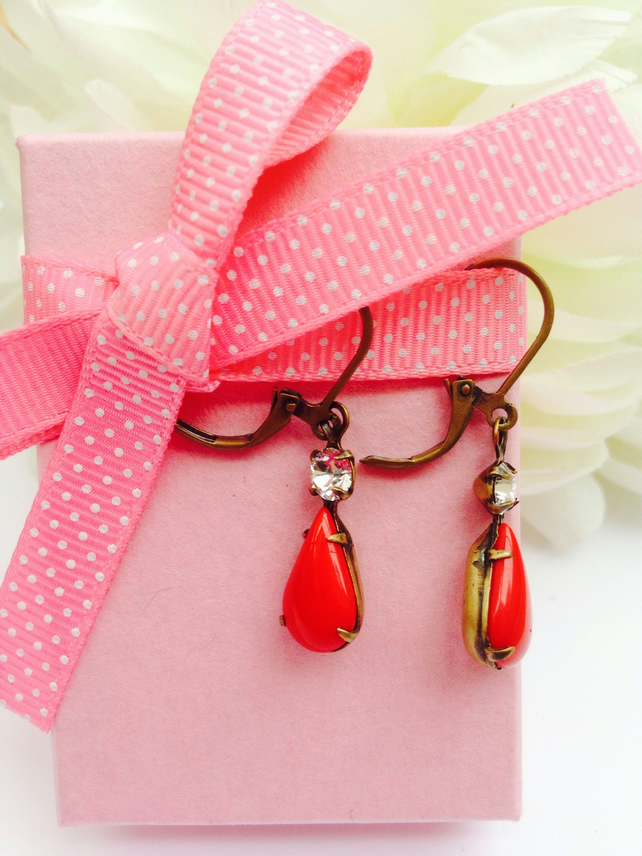 Free UK P&P.  Red vintage glass earrings with rhinestones.