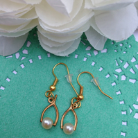 Vintage brass wishbone earrings