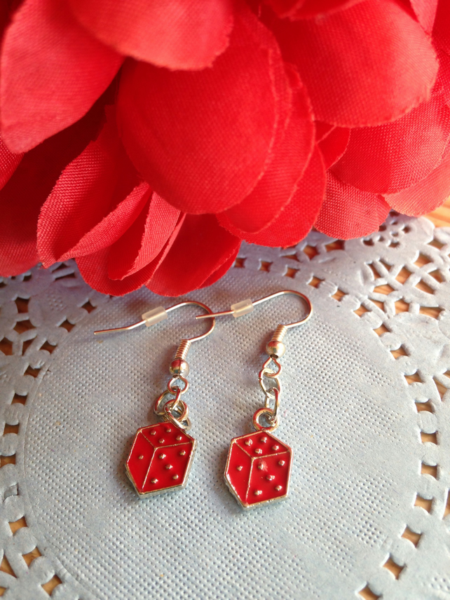Cute vintage red dice earrings. Fun, gift for her