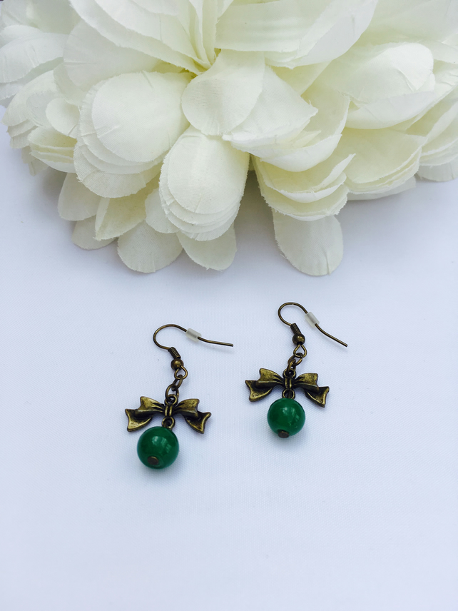 Cute antique gold bow earrings with green vintage glass beads FREE UK P&P
