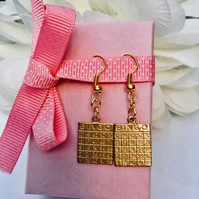 Free UK P&P. Bingo earrings