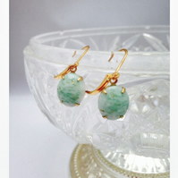 Vintage light green glass earrings