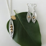 Handmade pea pod pendant necklace & earring set with gold swarovski pearl beads