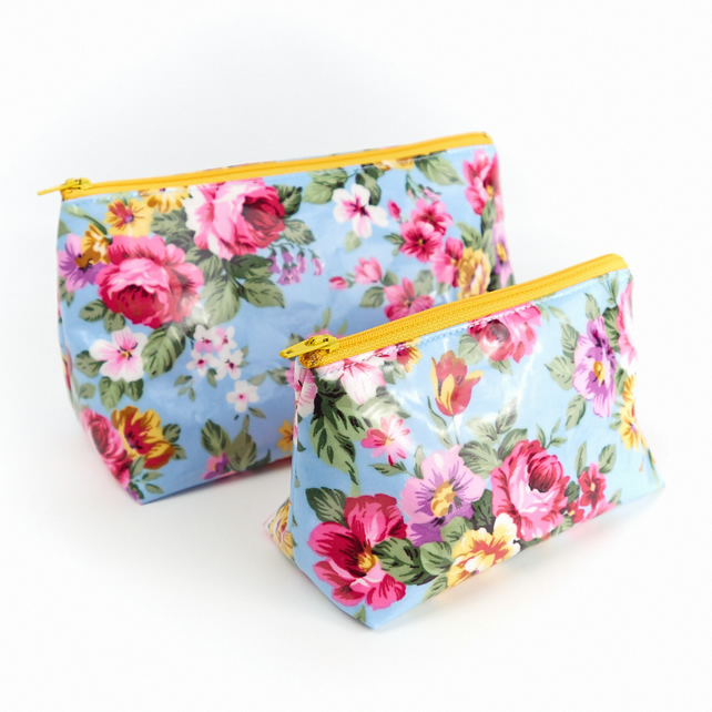 Set of Two Toiletry Makeup Bags in Water Resistant Floral Oilcloth Fabric