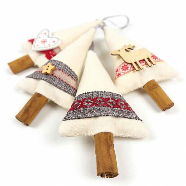 Primitive Country Christmas Tree Decorations - Set of 4