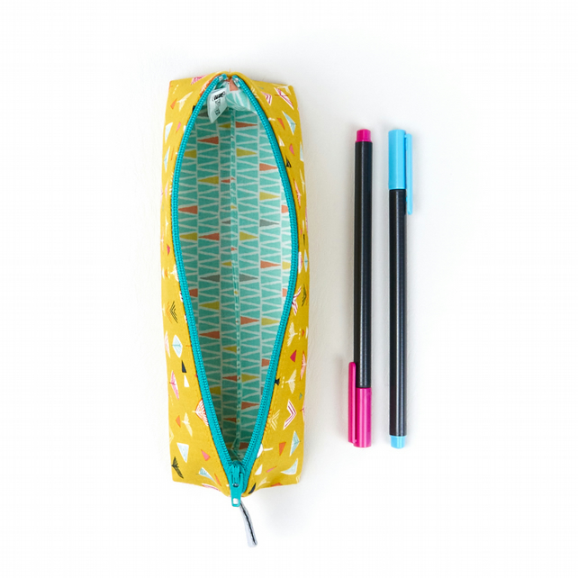 Stylish Retro Modern Yellow Student Pencil Case Stand Up Funky Pencil Pouch