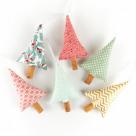 Set of 6 Stylish Retro Modern Christmas Tree Decorations Natural Cinnamon Scent