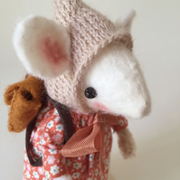 Back to School Collectable Mouse Ornament - Manon