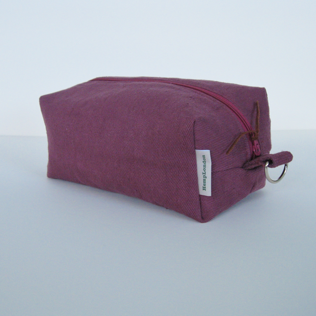 Hemp, Men's shaving, toiletries, kit bag, pouch, plum hemp denim, eco-friendly.