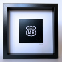 Route M8, framed