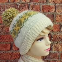 Cream green and yellow bobble hat winter ski hat British Exmoor Horn wool