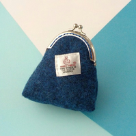 Harris tweed coin purse dark blue kiss clasp
