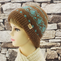 Castlemilk Moorit beanie hat brown turquoise British rare breed wool