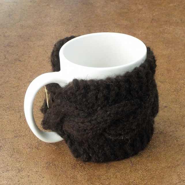 Hebridean mug cosy handknit pure British wool with handmade wooden button.