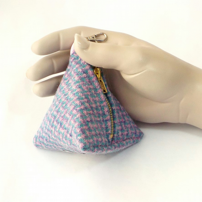 Harris tweed purse pyramid coin purse blue pink dogtooth