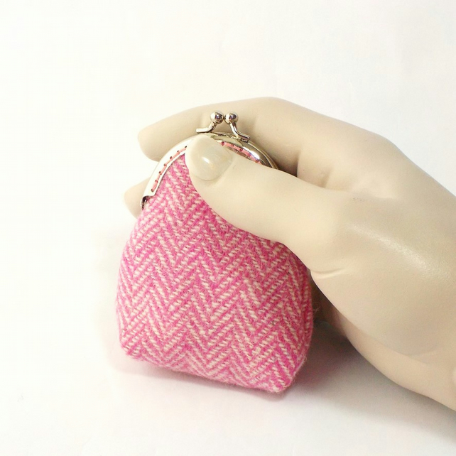 Harris tweed kiss clasp coin purse pink and cream herringbone gift for Mum