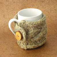 Mug cosy handknit British wool with handmade wooden button vanilla tweed
