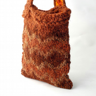 British Herdwick wool shoulderbag russet orange brown chunky knit bag