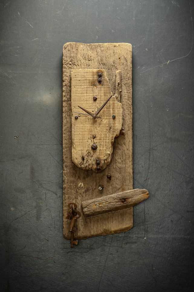 Driftwood Clock, Driftwood Wall Clock, Drift Wood Clock, Beach finds Clock.