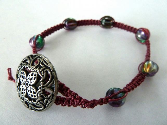 SALE macrame button bracelet