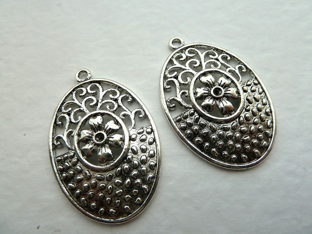 large oval charms