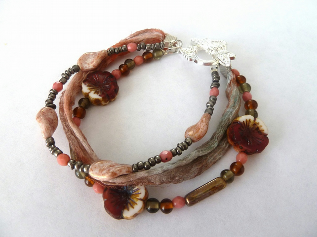 SALE three strands - peach and grey