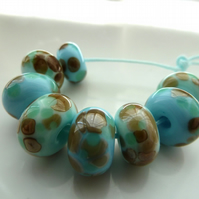 mint choc chip glass beads