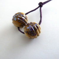 ivory and silver ribbed lampwork glass beads