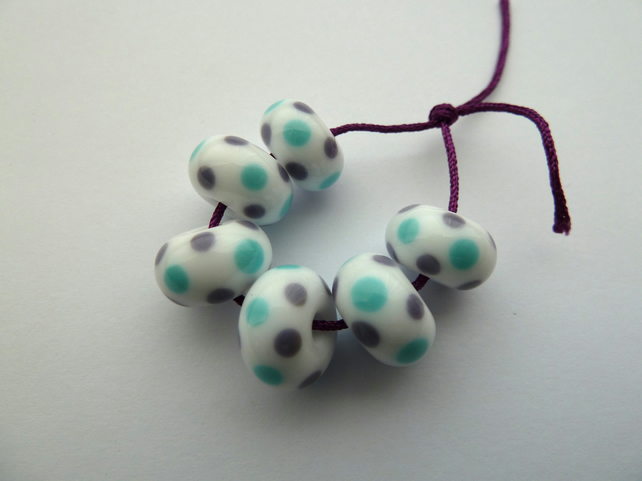 blue and purple spot handmade lampwork glass beads